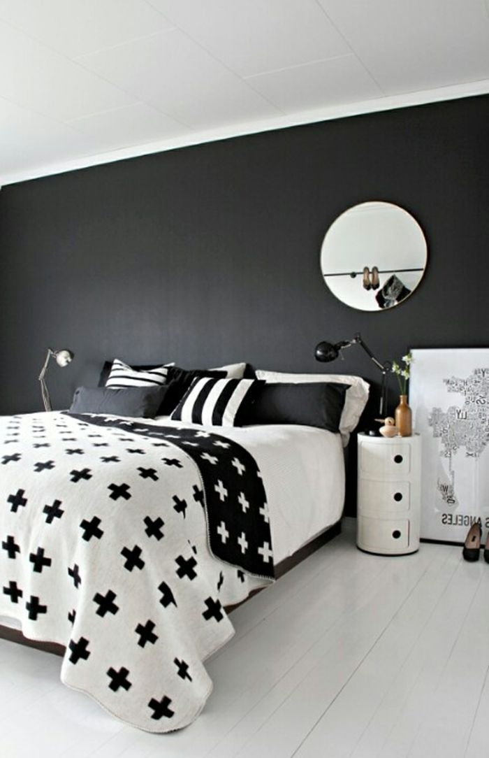 w nde streichen ideen schlafzimmer dunkle wandfarbe heller. Black Bedroom Furniture Sets. Home Design Ideas