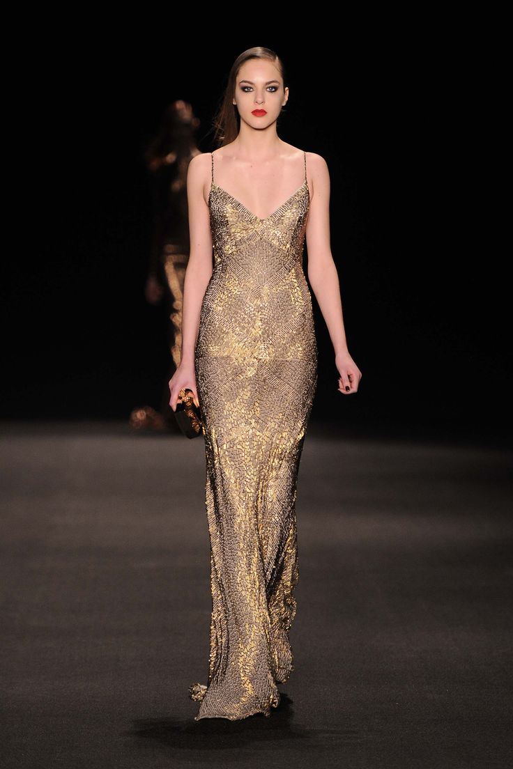 Monique Lhuillier Fall 2015 Ready-To-Wear Collection