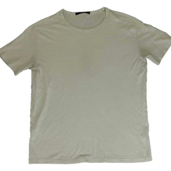 """Men's T Shirt White BG-#9433183 Louis Vuitton Men's Tee Shirt  Date Code: Not Available  Signs of wear: Odor. Dingy. Faded words of """"Louis Vuitton's Wardrobe""""  Men's Medium Women's Large  This item does not come with any extra accessories Louis Vuitton Other"""