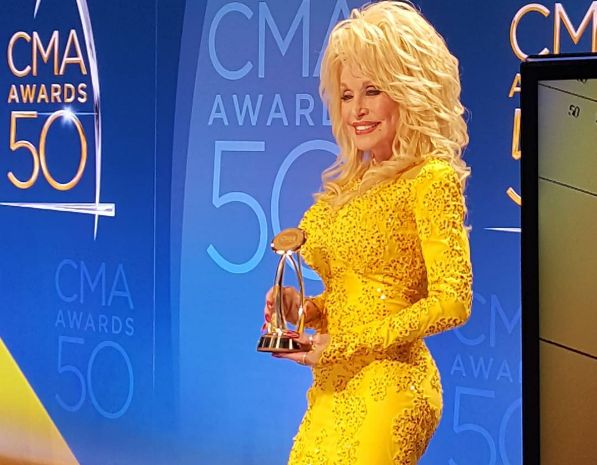 Dolly Parton Honored With Lifetime Achievement Award at CMA Awards