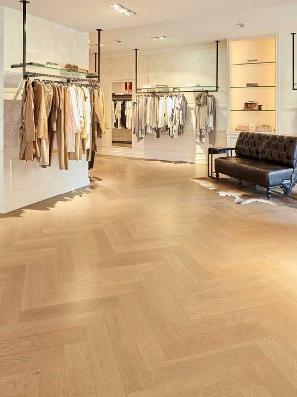 Colour, tone and style of your flooring say everything about your home. Bring your favourite trends to life with Lalegno's top 8 looks that last a lifetime...