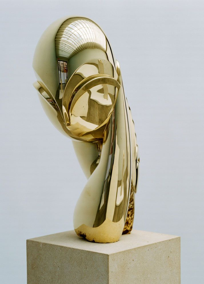 onstantin Brancusi, Mademoiselle Pogany II, 1925-2006, polished bronze, Sculpture: 16 7/8 x 7 x 11 3/4 inches, Overall: 27 x 10 x 8 3/4 inches, edition of 8. Photography by Francois Halard/© Artists Rights Society (ARS) New York/ADAGP, Paris. / Courtesy of the Brancusi Estate and Paul Kasmin Gallery. http://www.yatzer.com/brancusi-in-new-york-paul-kasmin-gallery