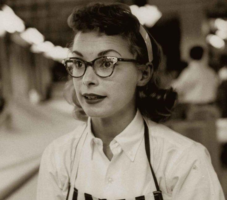 103 Best Girls Who Wear Glasses Images On Pinterest