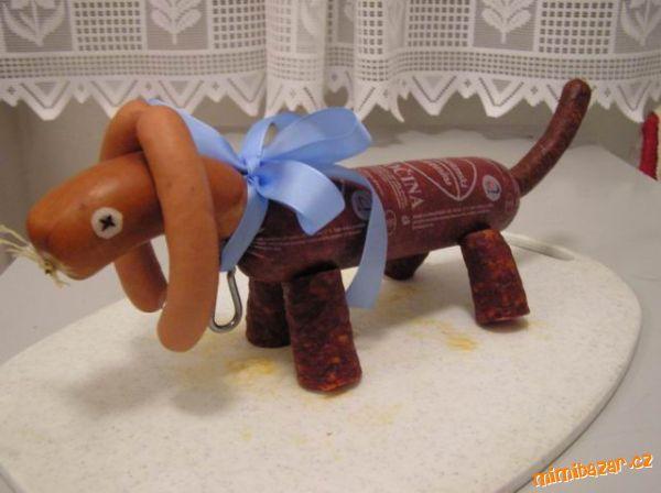 Slaný dort - salámový pes jezevčík - s pracovním postupem :o)