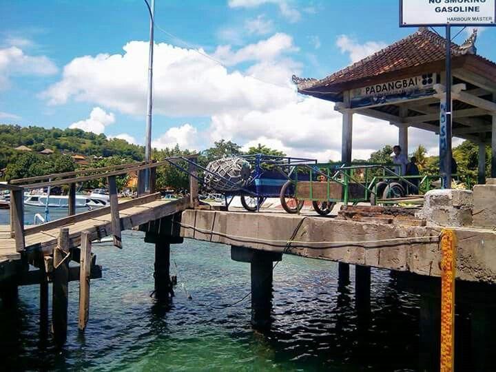 Padangbai dock, Bali