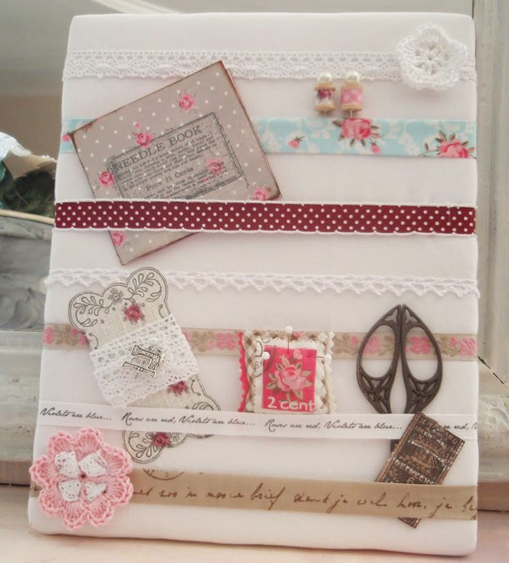 DIY..A beautiful Shabby styled memo board. Would be So easy Make !