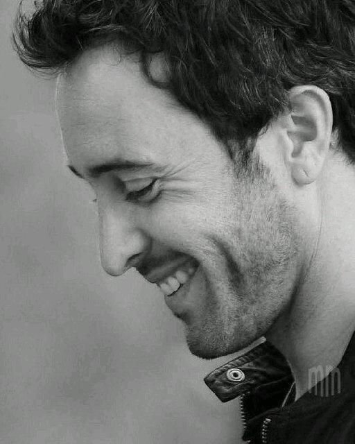Alex O'Loughlin credit @ alexofanpage