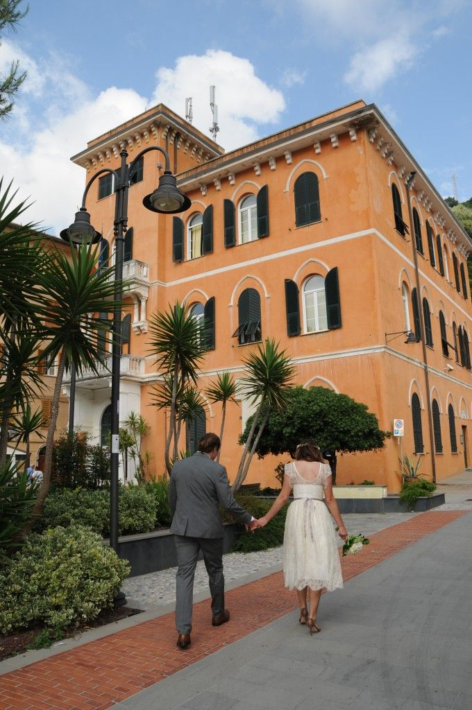 Lovely Wedding in Monterosso http://www.cinqueterreriviera.com/cinqueterre/lovely-wedding-in-monterosso/