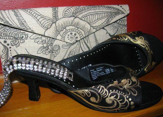 Kitten Heels Shoes women's weddingRetro Pin by MEHANDIMAHALHenna, $99
