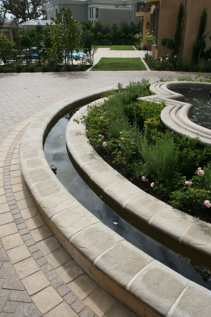 Need to add a capping to a pond area. Our ravine pond capping is the perfect choice. Looks beautiful!