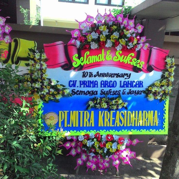 Sign in Toko bunga, Bunga, Karangan
