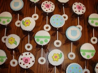 about Baby girl shower cup cakes on Pinterest | Baby shower cupcakes ...