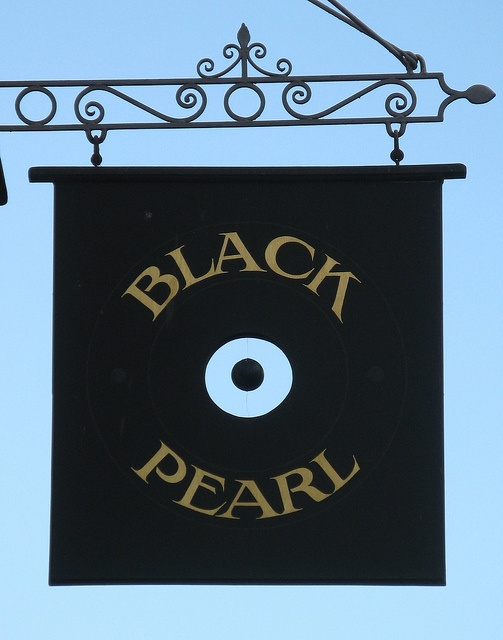 Black Pearl Hastings Shop Signs Old Signs Pub Signs
