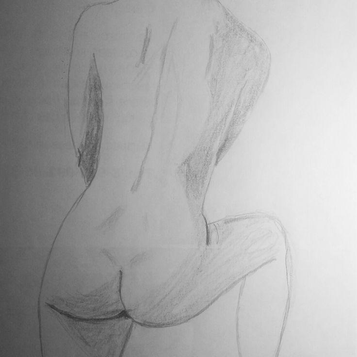 Набросок обнаженной натуры. Модель Вероника  #art #sketch #nude #drawing #обнаженка #ню #наброски #рисование #skething #рисунок #draw #figure #nu #anatomy #nüdes #sexyart #artwork #artnude #eroticart #artlife #nudemodel #карандаш #графит