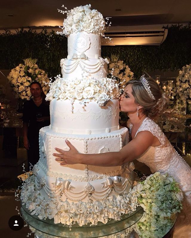 Spectacular Wedding Cakes