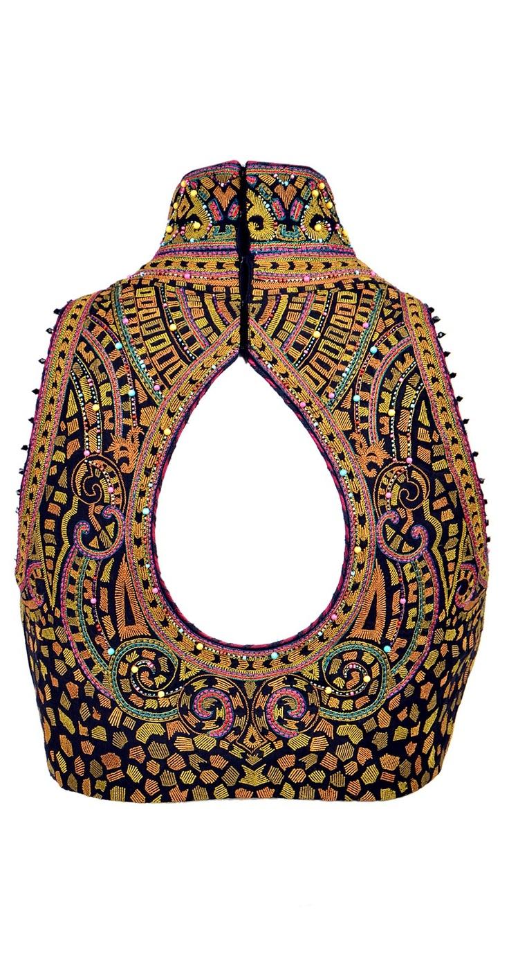 saree blouse design:Tarun Tahiliani