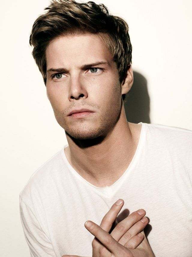 Hunter Parrish. Yes, please...