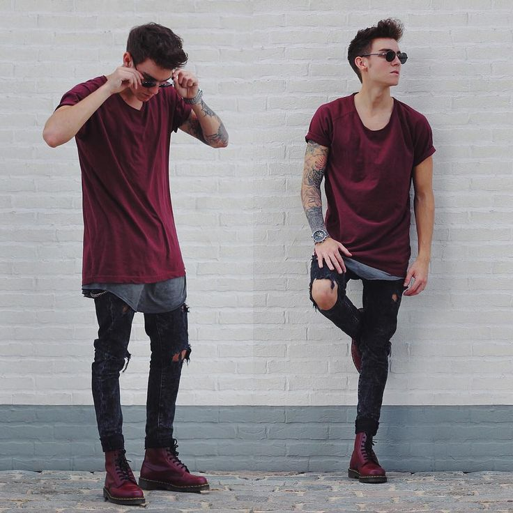 I love the maroon. His tattoo seems to have changed arms lol