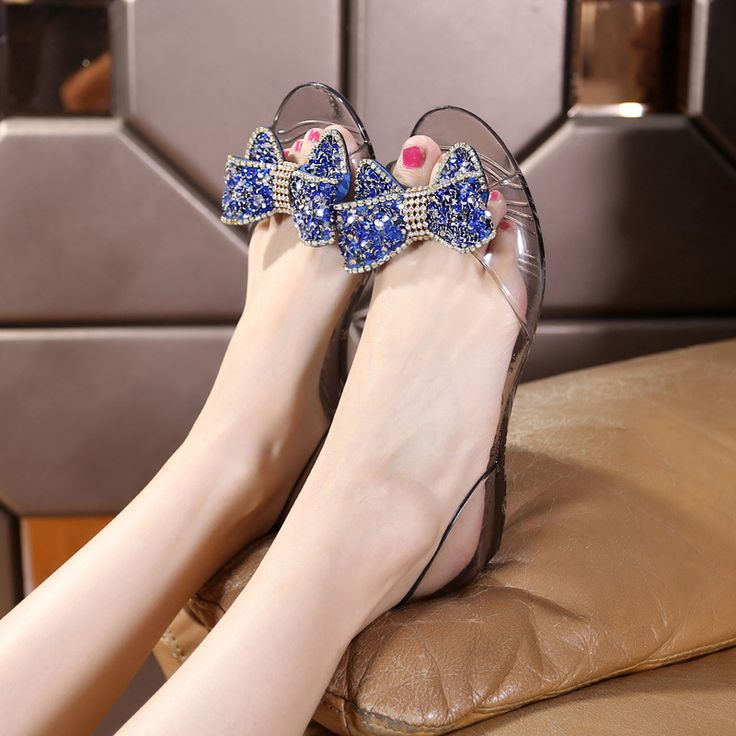 2017 New Arrival Women Soft Transparent Jelly Sandals Flat with Crystal Colorful Rhinestones Bowknot Open Toe Beach Shoes