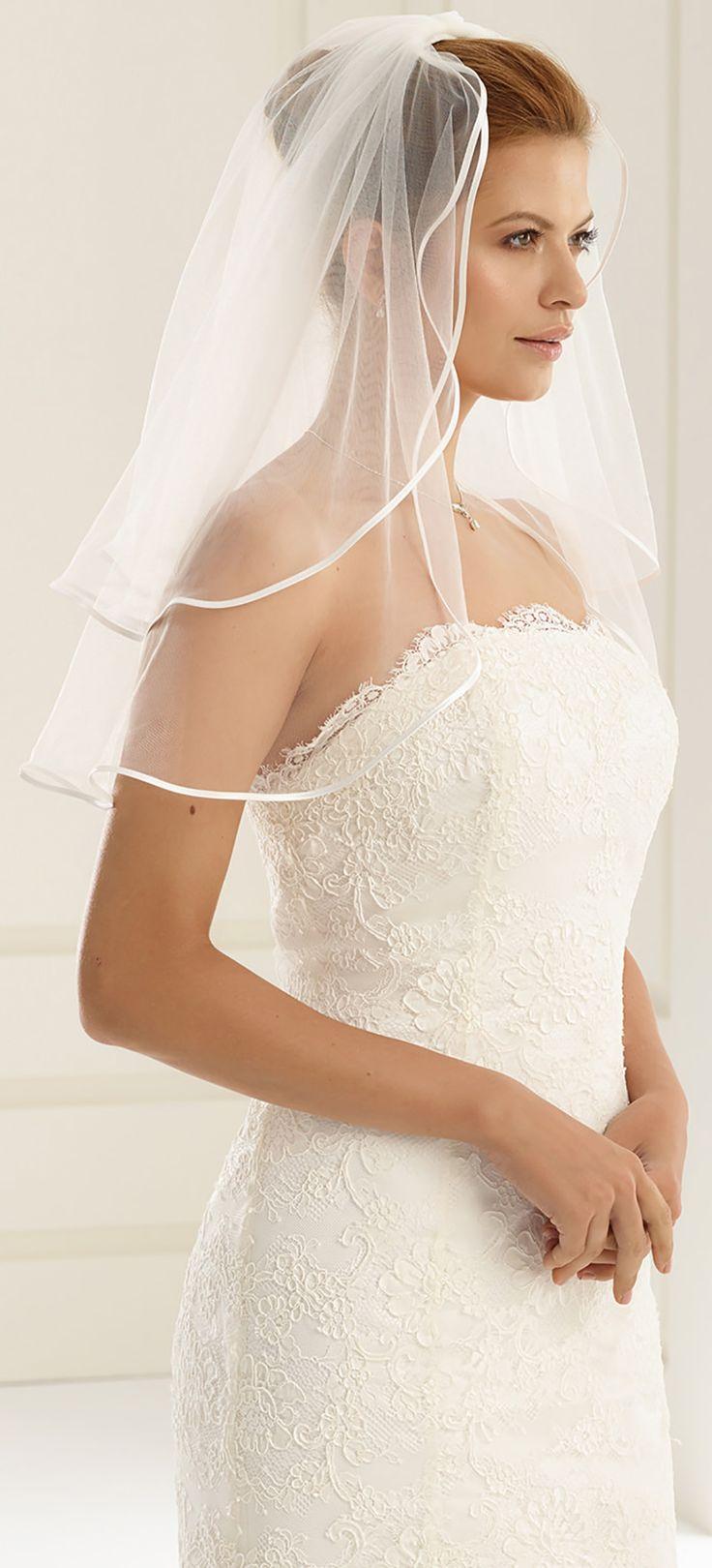Fabulous veil S3 from Bianco Evento #biancoevento #veil #weddingdress #weddingideas #bridetobe