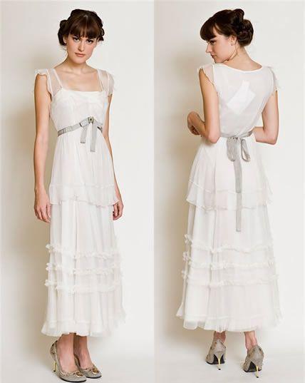 Google Image Result for http://my-weddingdream.com/wp-content/uploads/2010/05/1920-wedding-dresses.jpg