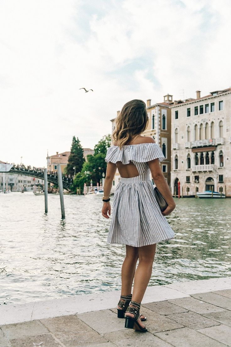 Venezia-Striped_Dress-Off_The_Shoulders-Collage_On_The_Road-Chloe_Bag-Outfit-77