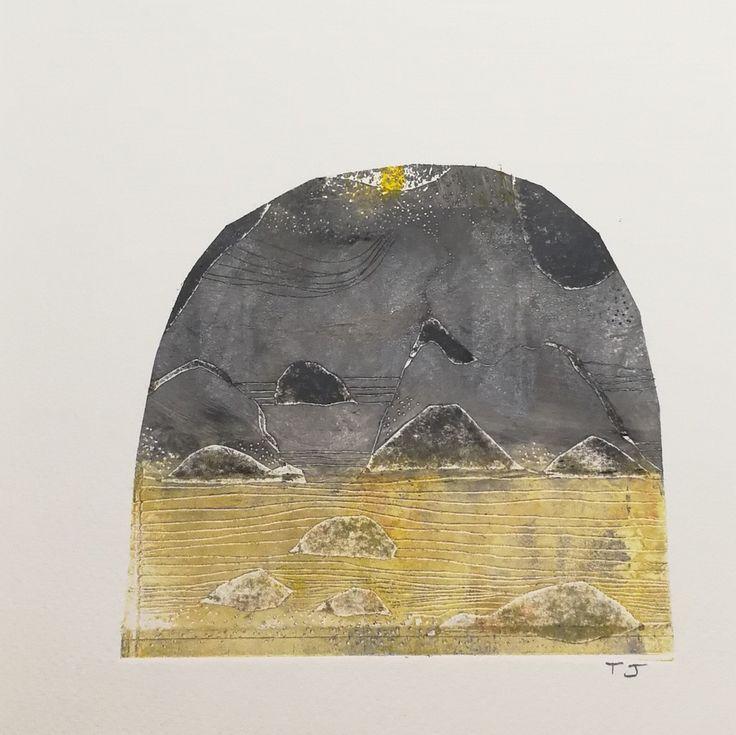 Iles d'or, gravure en taille-douce sur papier de Joëlle Toubon. Oeuvre unique.   Les gravures de Joëlle Toubon sont comme des promenades sur des terrains escarpés, des paysages...