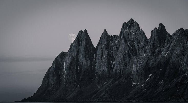 The Devils Teeth Senja Norway [OC][53692938] #reddit