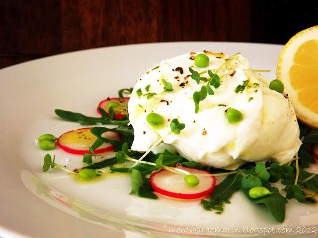 Summer on a plate: salata de vara cu mozzrella di bufala si menta [*lacto-vegetarian] - Menta & Rozmarin