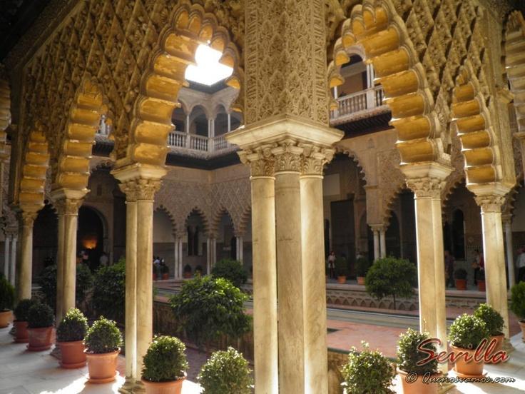 El Alcázar Real de Sevilla    http://www.quenosvamos.com/sevilla