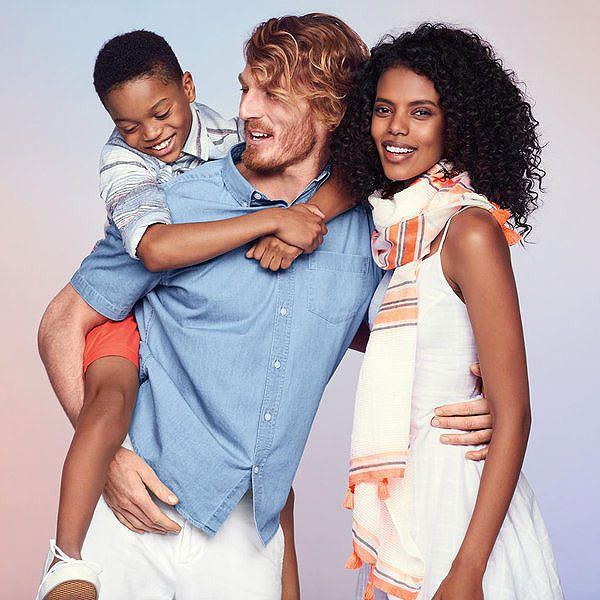 #LoveWins: Twitter Shuts Down Old Navy Critics After Company Posts Ad Featuring Interracial Family http://www.people.com/people/article/0,,21003795,00.html