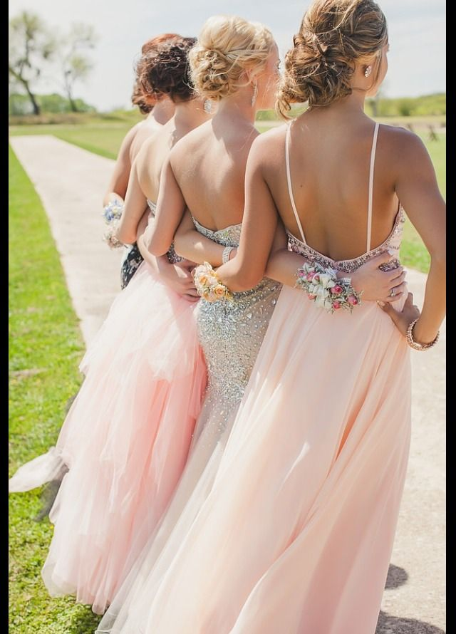 I'm absolutely taking this picture for prom!