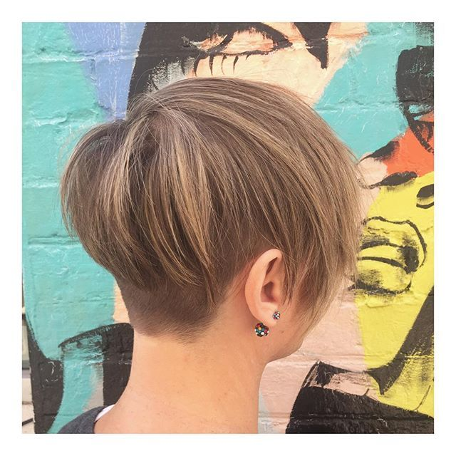 CROP • what a beautiful colour & cut on Elsa!! Always a pleasure✔️✔️✔️ 🎨Colour • Technician Faye 💇🏼Cut • Stylist Faye  @toniandguyau @toniandguyperth @labelmau @WellaProANZ @Wellawa @idhairau #MyToniAndGuy #ToniAndGuy #Hairspiration #ShortHair #Bob #Bangs #StraightHair #WavyHair #Sleek #Blowdry #Wellawa #KolestonPerfect #ColorTouch #Balayage #Ombre #ColourBomb #PerthHair #InstaHair #Hairdressing #Style #Fashion #FashionMeetsHair #WolfeLane