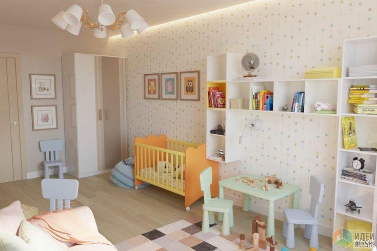В игровой зоне расположен также небольшой мягкий диванчик. Комнату старались сделать яркой и красочной, чтобы ребенку в ней было весело и уютно.