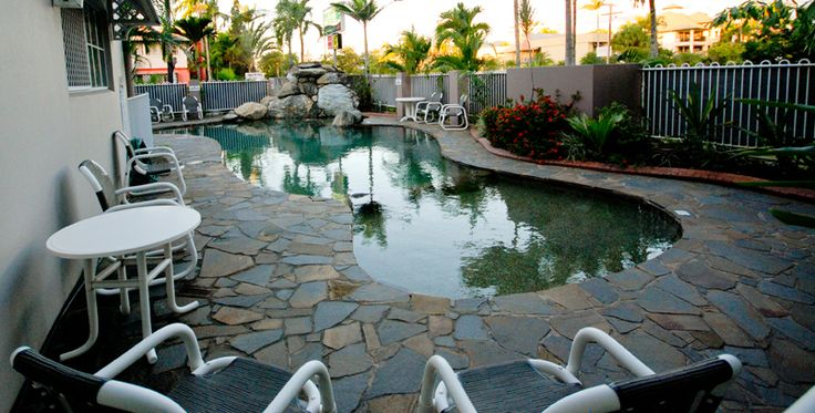 Reef Palms  Enquire http://www.fnqapartments.com/accom-reef-palms/ #CairnsAccommodation