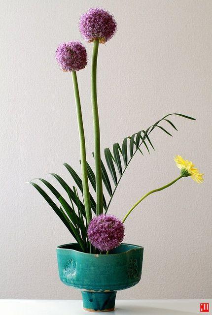 Ikebana| http://your-flower-arrangement-inspiration.blogspot.com