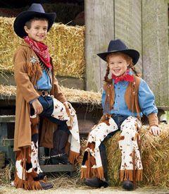 cowpoke costume  www.chasing-fireflies.com