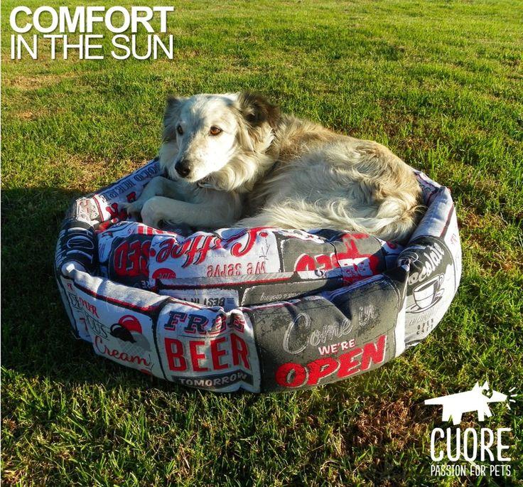 ¡Descansar cómodamente no tiene precio! Poster Donut, disponible en talla S, M y L para entrega inmediata #bordercollie #passionforpets #cuore #dogbeds #beautiful #dogs #perros #love