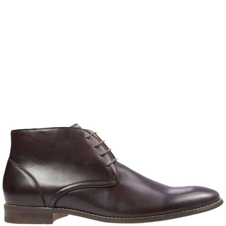 We absolutely LOVE Almansa from Florsheim, with its classy tapered toe shape and sophisticated finish you will find it hard to find a better looking dress chukka. Available at Rosenberg Shoes in brown and black and sizes EU 46-48 (EE).