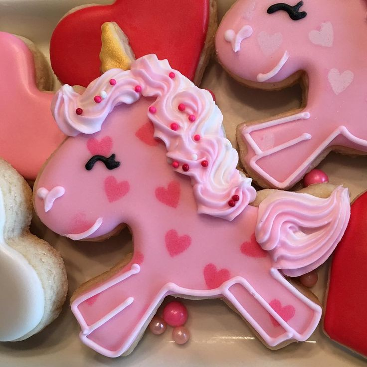 "58 Likes, 9 Comments - Cookies by Debbie LLC (@cookiesbydebbie) on Instagram: ""Oh my cuteness, I love you little Valentine unicorn  @sheybdesigns cutter."""