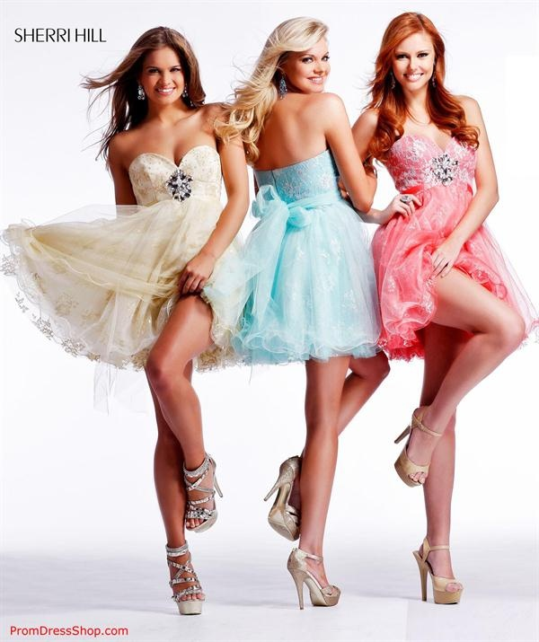 brunette, blonde and redhead wearing sherri hill,dream combination :)