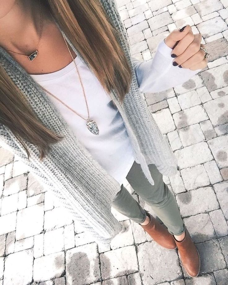 Grey, white, olive & Kendra Scott
