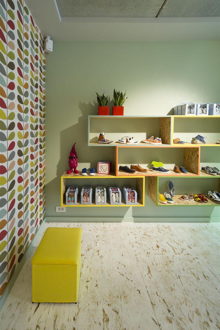 CEZAR SHOE STORE   concept & interiordesign by DETAIL   DARK Prolicht #lighting #project at Zedelgem BE