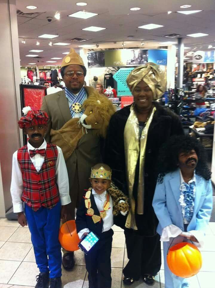 Ellis Family Coming to America costumes