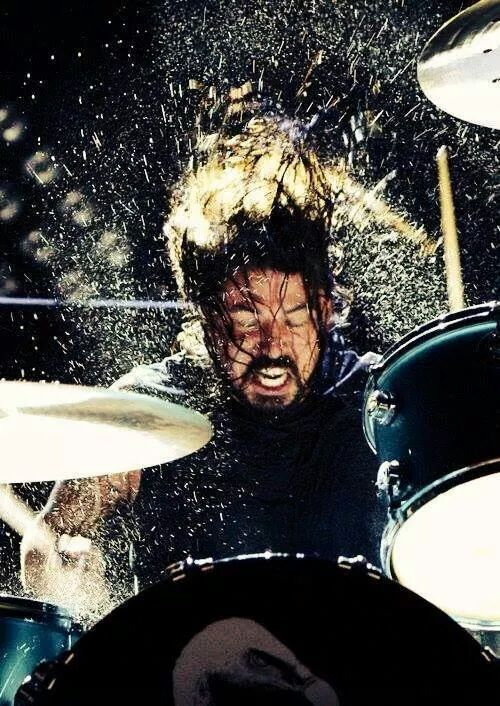 Fantastic shot of Dave Grohl.