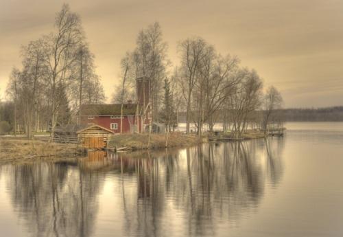 TranquilityRiver Pappilanjoki, Hämeenkyrö, Finland -   photo by Sakari Lampola flickr