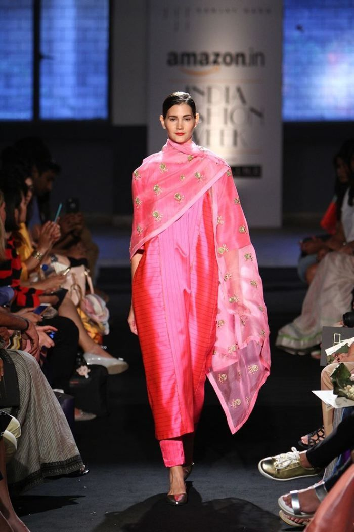 20 Favourite Outfits from Amazon India Fashion Week! Spring/Summer 2016   thedelhibride Indian Weddings blog