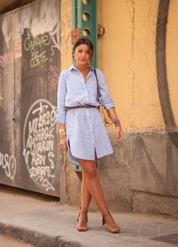 Meninas, uma das principais tendências para a Primavera/ Verão é o Look All Jeans! O look inteiro jeans já está nas araras das lojas que lançaram suas...