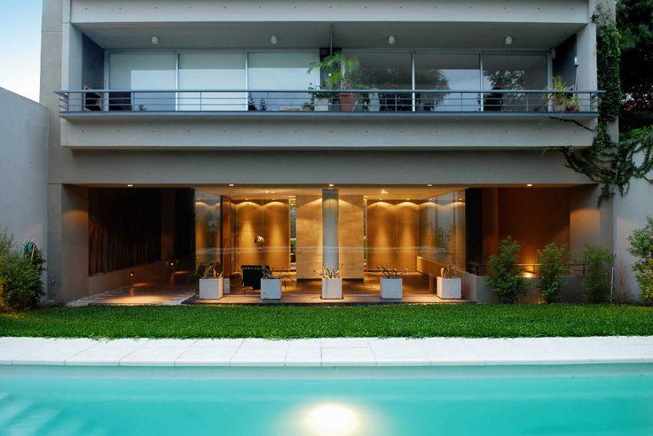 RICARDO GUTIERREZ   Proyecto C.  #ProyectoC #arquitectura #architecture #architecturelovers #Interiorismo #interiordesign #pool