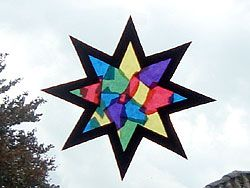 tissue paper star...anyone know how they do this without the colors bleeding together??